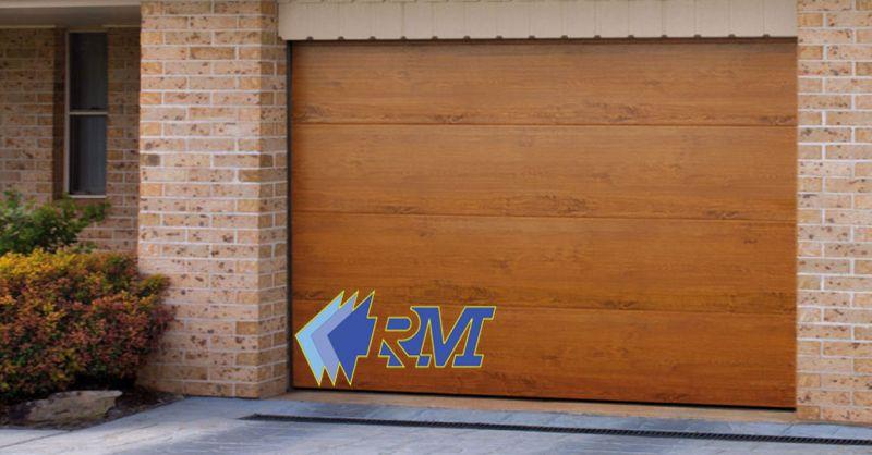 RM offerta Basculante in legno modello SEZ 10 - occasione produzione porte basculanti Roma