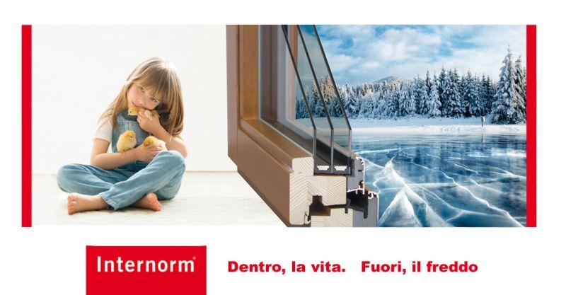 offerta finestra con triplo vetro - promozione finestra guscio alluminio o finitura in legno