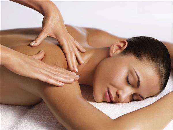 massaggio estetico per il corpo imperia estetica reds