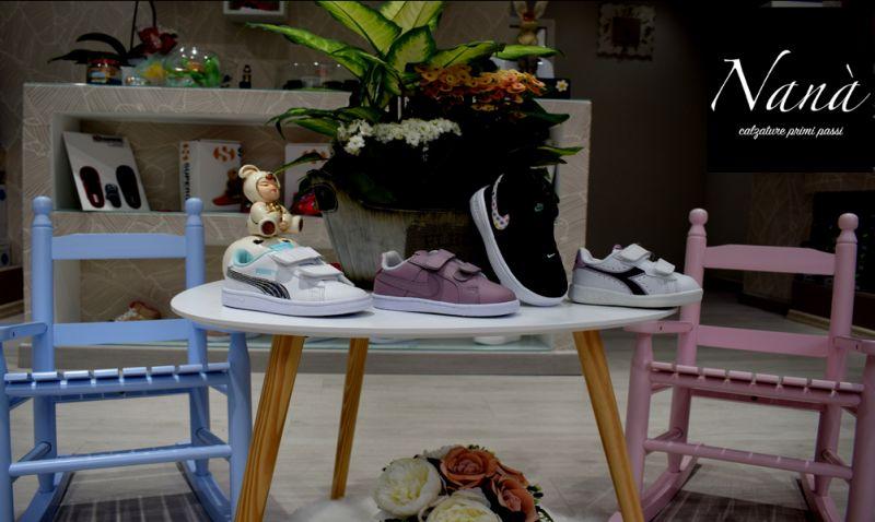 Sconto scarpe  modugno bari calzature nana  offerta bambini adolescenti grandi marche