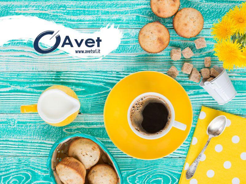 offerta colazione muffin omaggio - promozione distributori automatici cibi bevande - avet srl