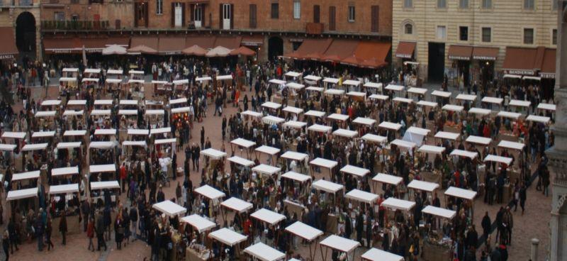 mercato di natale siena ristorante gallo nero