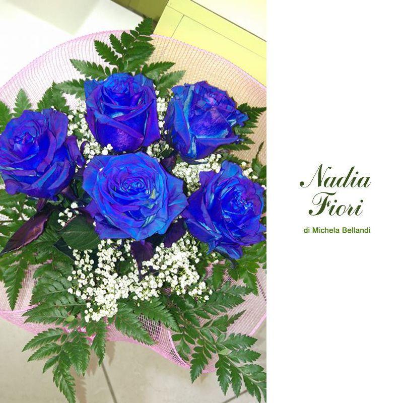 occasione-offerta-promozione-bouquet-rose blu-fiori a domicilio-nadia fiori-brescia