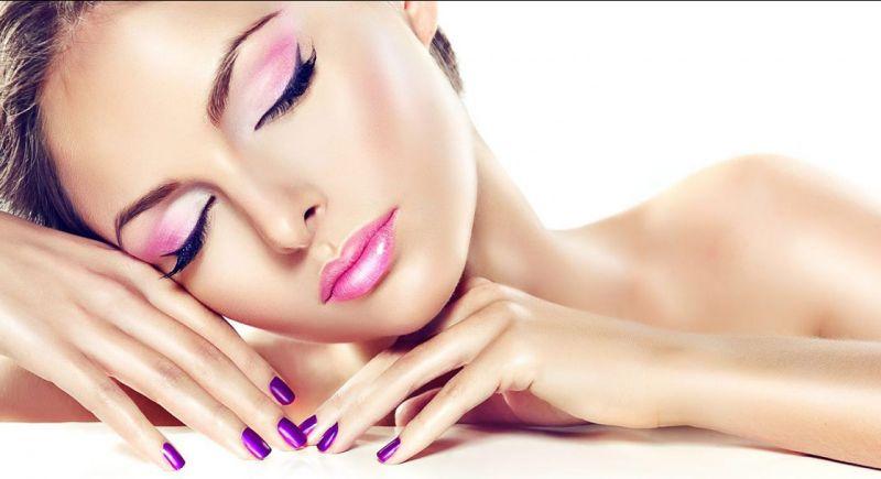 offerta vendita prodotti capelli per parrucchieri - occasione prodotti estetica unghie trieste