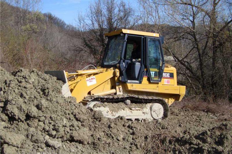noleggio escavatori con operatore imperia savona