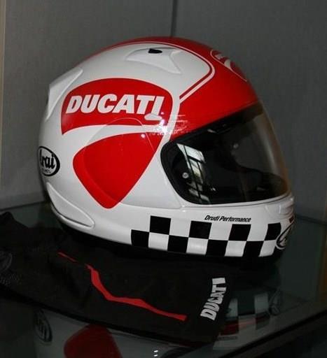 casco ducati arai proud 14