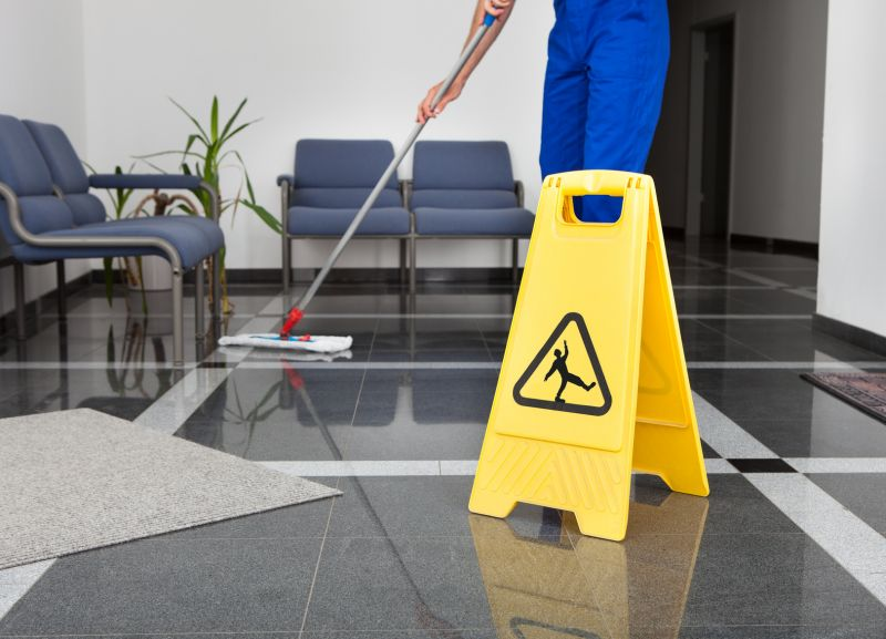 Offerta Pulizia continuativa di uffici - Promozione pulizia stabilimenti industriali Verona