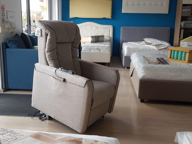 Poltrona elettrica relax motorizzata | BARATTO Ventimiglia Imperia Costa Azzurra