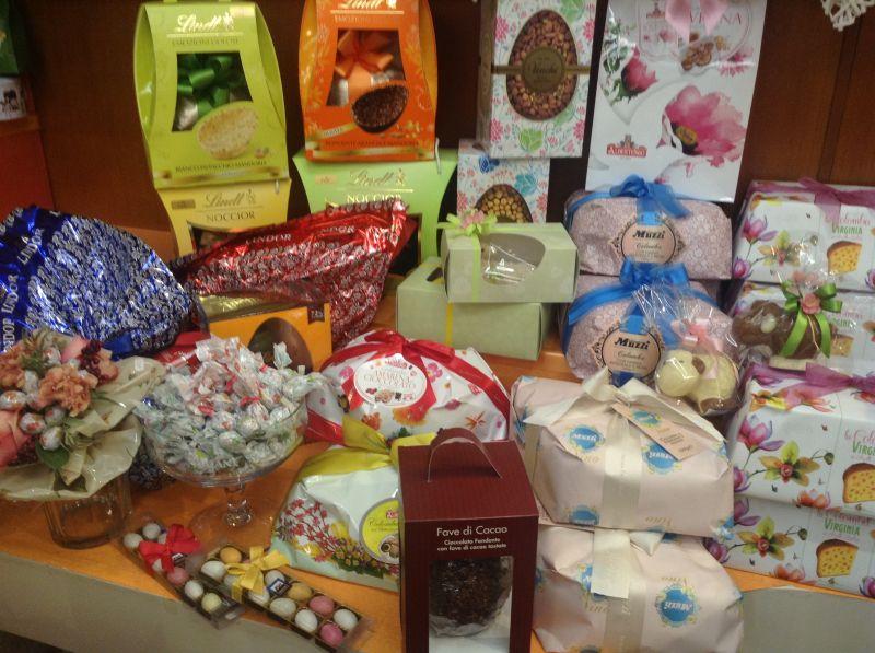 offerta dolci e specialità alimentari - promozioni dolci, colombe, uova, cioccolato metà prezzo