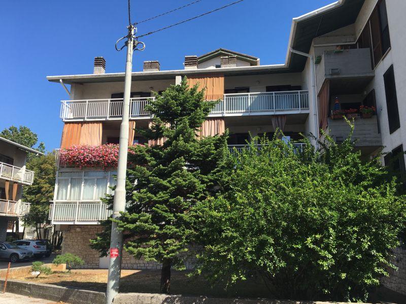 appartamento in vendita nel verde con terrazzo e posto auto
