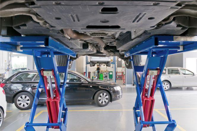 Offerta Officina controllo usura gomme - Promozione verifica foratura pneumatici Verona Fiumini