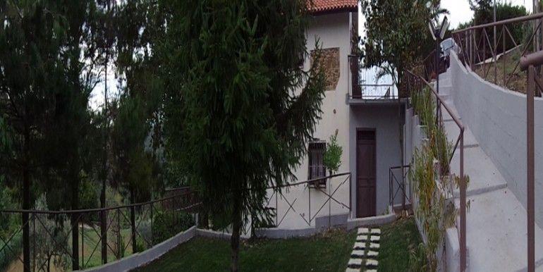 agenzia immobiliare centro propone in vendita soluzione indipendente