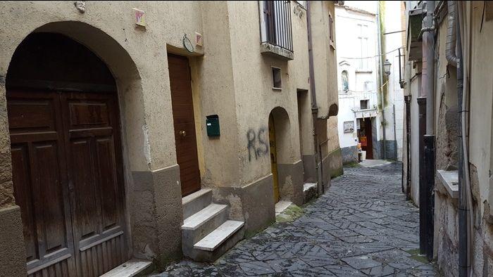 Immobiliare Sannio propone in vendita  MONOLOCALE IN CENTRO STORICO Via Repola, a Benevento