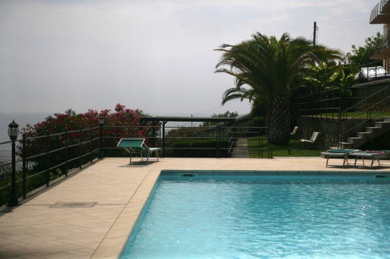 costruzione piscine imperia savona costa azzurra