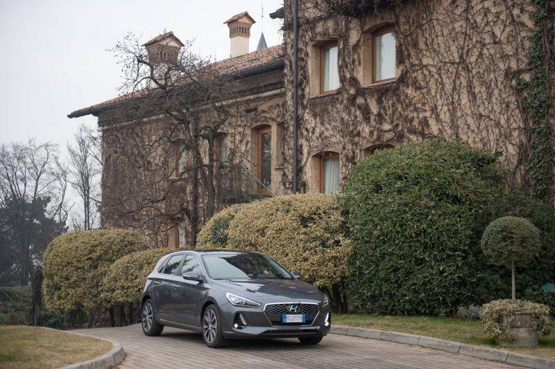 lady car nuova i30 concessionario hyundai