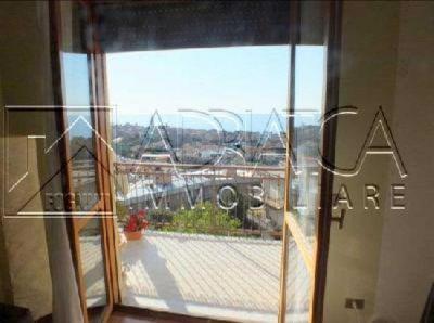 appartamento trilocale in vendita riva ligure