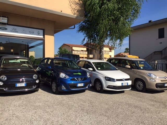 Offerta noleggio auto a Pieve a Nievole - Promozione noleggio minibus Montecatini Terme
