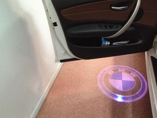 personalizza la tua auto con le luci di cortesia