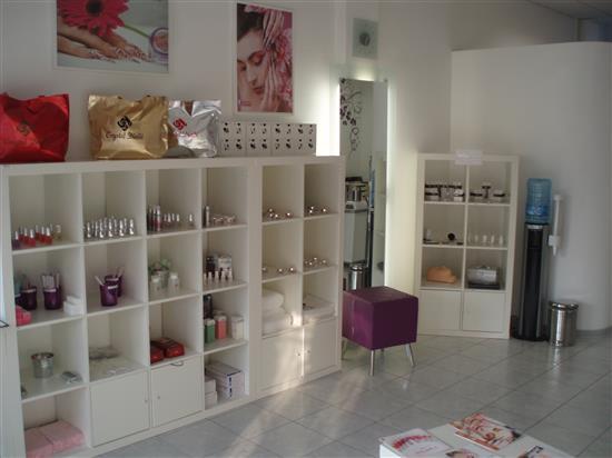 ViolaBlue Nail Shop