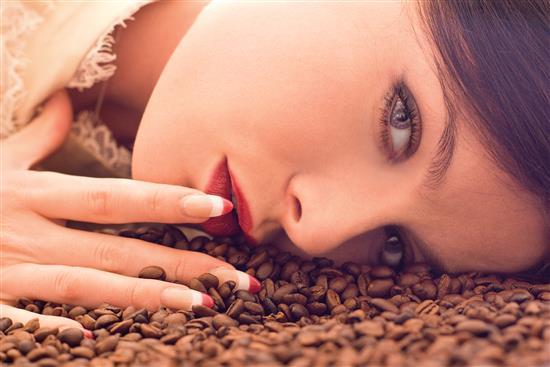 Il caffè, come usarlo per la cura del corpo e la bellezza - Diba 70 distributori professionali, rassegna stampa
