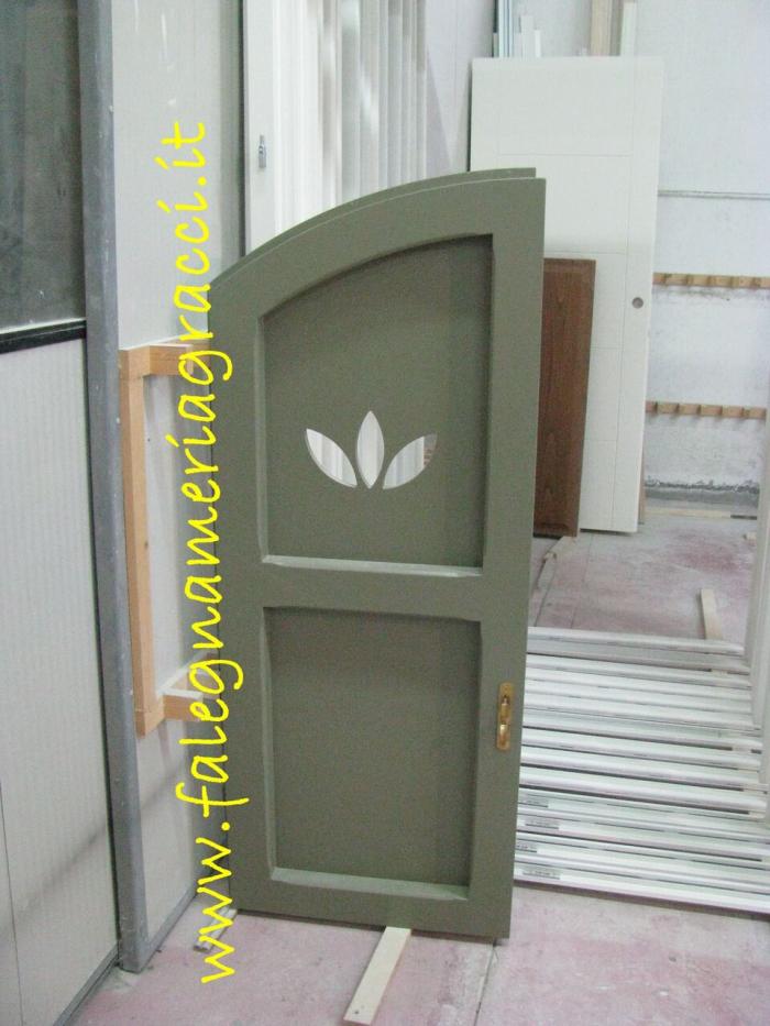 Offerta porte e finestre in legno camaiore versilia for Offerta finestre