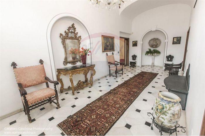 Offerta appartamento in villa ristrutturato occasione sihappy - Stile immobiliare genova ...