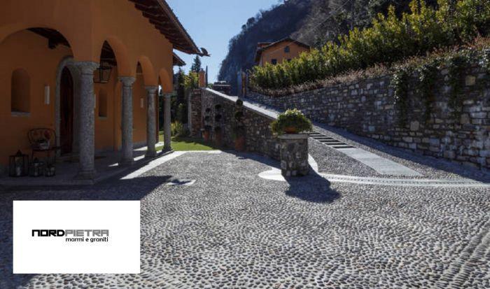 Offerta lavori posa in opera pavimentazione esterna - Pavimentazione esterna casa di campagna ...