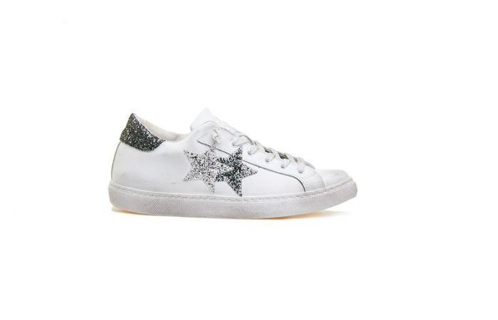 Acquista le sneaker della nuova collezione di 2Star ad un prezzo  IMPERDIBILE! da8331cbee0