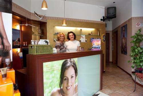 LINEA DONNA centro estetico uomo & donna Parma foto 5