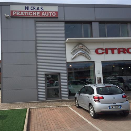 NI.CR.A.S. Pratiche Auto Perugia foto 3