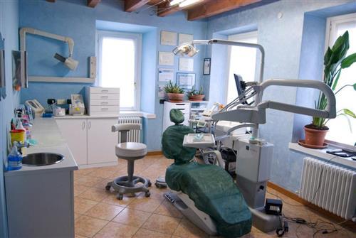 Studio Odontoiatrico  Dr Massimiliano Musso Ponte San Pietro foto 2