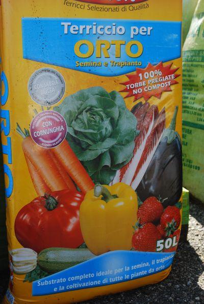 roiatti vanni terriccio bulbi semi orto agricoltura