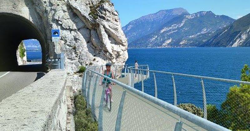 Con il Nordic Walking alla scoperta di Limone sul Lago di Garda