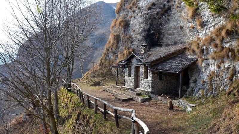 Offerta escursione Nordic Walking al Bivacco dei Loff (passo San Boldo) Treviso - Occasione camminata in montagna Treviso