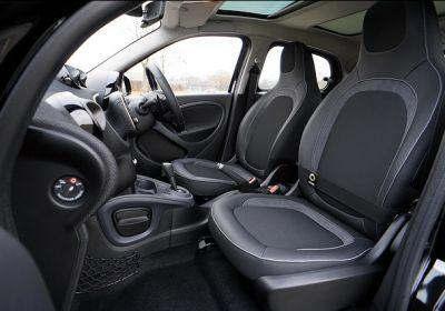 lavaggio interni sedili tappetini sottotetto igienizzazione auto carrozzeria serena brescia
