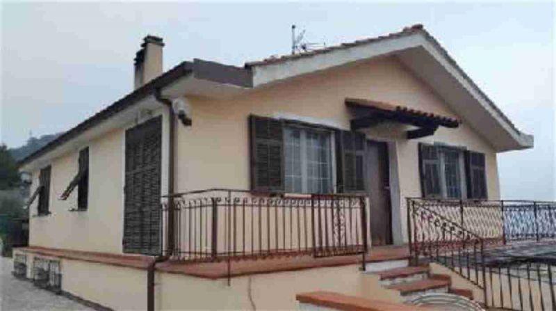 rif 1744 villa bifamiliare in vendita ventimiglia