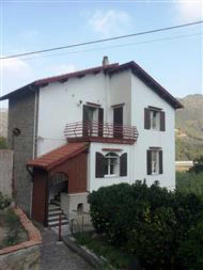 rif 1636 casa indipendente in vendita camporosso