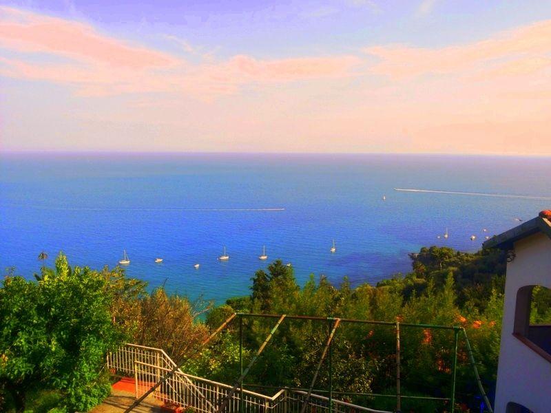 rif 1583 vendita villa bifamiliare sul mare