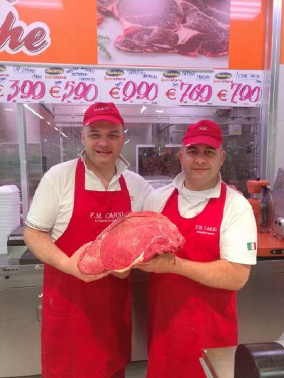 vieni da f m carni la nostra carne e talmente buona che ti rende felice quando la mangi