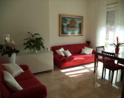 tre locali appartamento zona questura infissi nuovi ampie camere ottima esposizione affare