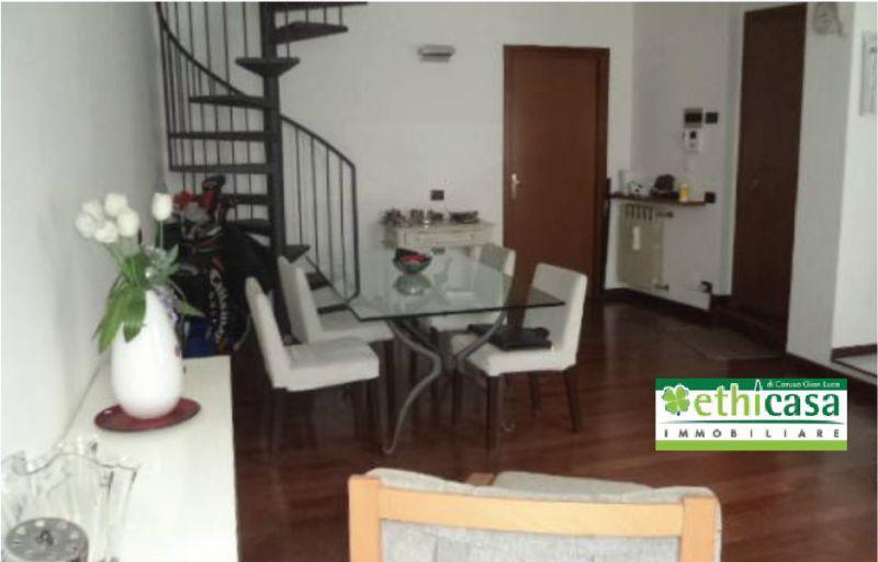 ETHICASA offerta vendesi tre locali borgo santa Caterina box - vendita appartamento centro