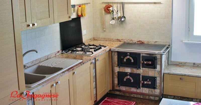 Furlano cucine La Fagagnese offerta realizzazione cucine su misura - occasione termocucine