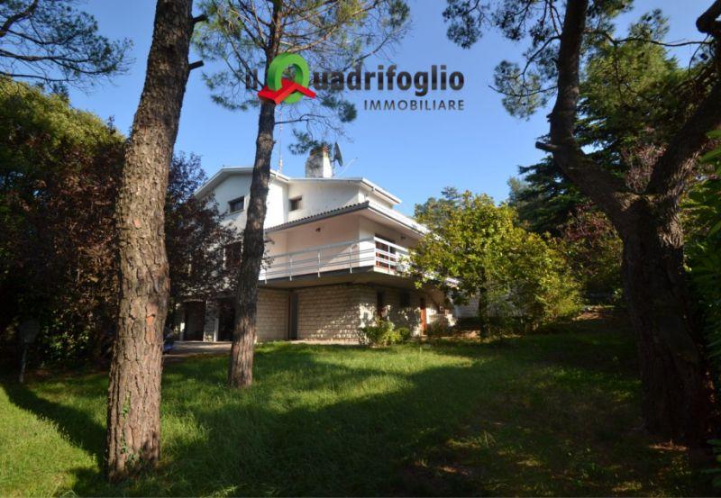 QUADRIFOGLIO IMMOBILIARE vende villa duino giardino piantumato – promozione bifamigliare