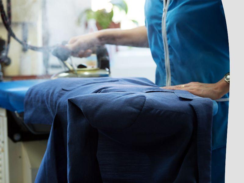 promozione stiratura camicie rende offerta lavanderia rende la lavandaia