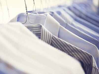 offerta lavaggio camicie promozione stiratura camicie la lavandaia