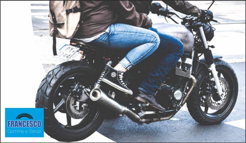 Francesco Gomme e Servizi offerta assistenza scooter - occasione pneumatici moto
