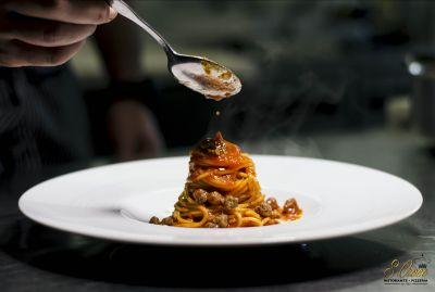 promozione cucina tipica abruzzese arrosticini castrato offerta pizza cotta su forno a legna