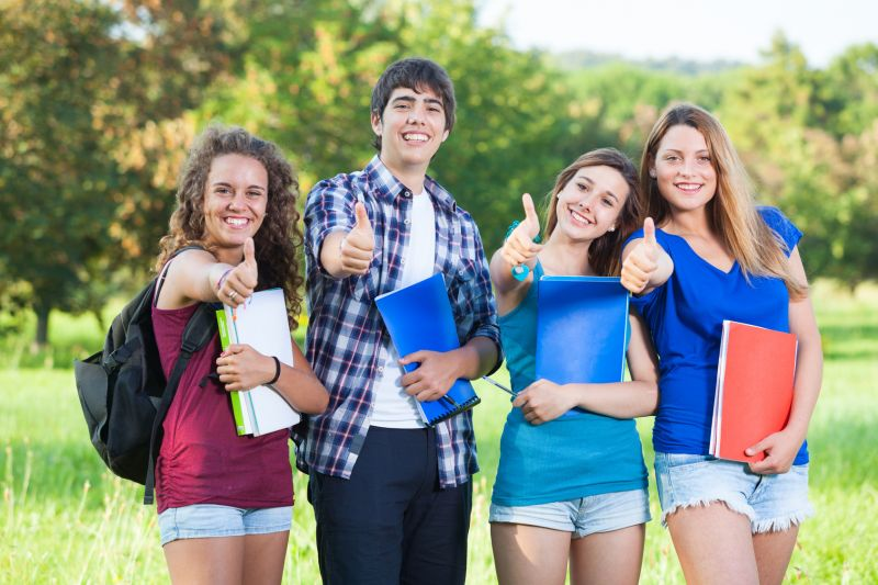 offerta corsi orientamento terza media promozione presentazione corsi scuola superiore