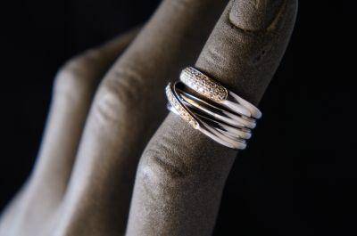 outlet dei gioielli usati rigenerati a pordenone compro e vendo oro argento diamanti