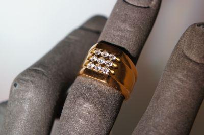 solitario uomo in oro 750 con diamante a pordenone via oberdan a